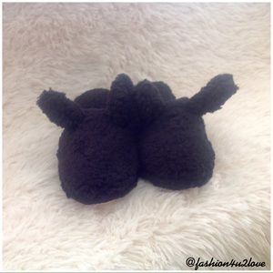 🐰Victoria's Secret Bunny Slippers